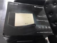 Hotpoint hd line toaster
