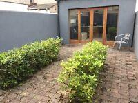 Double bedroom to rent in modern terrace Lisburn Road