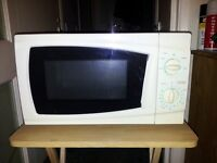 700w Microwave in very good condition