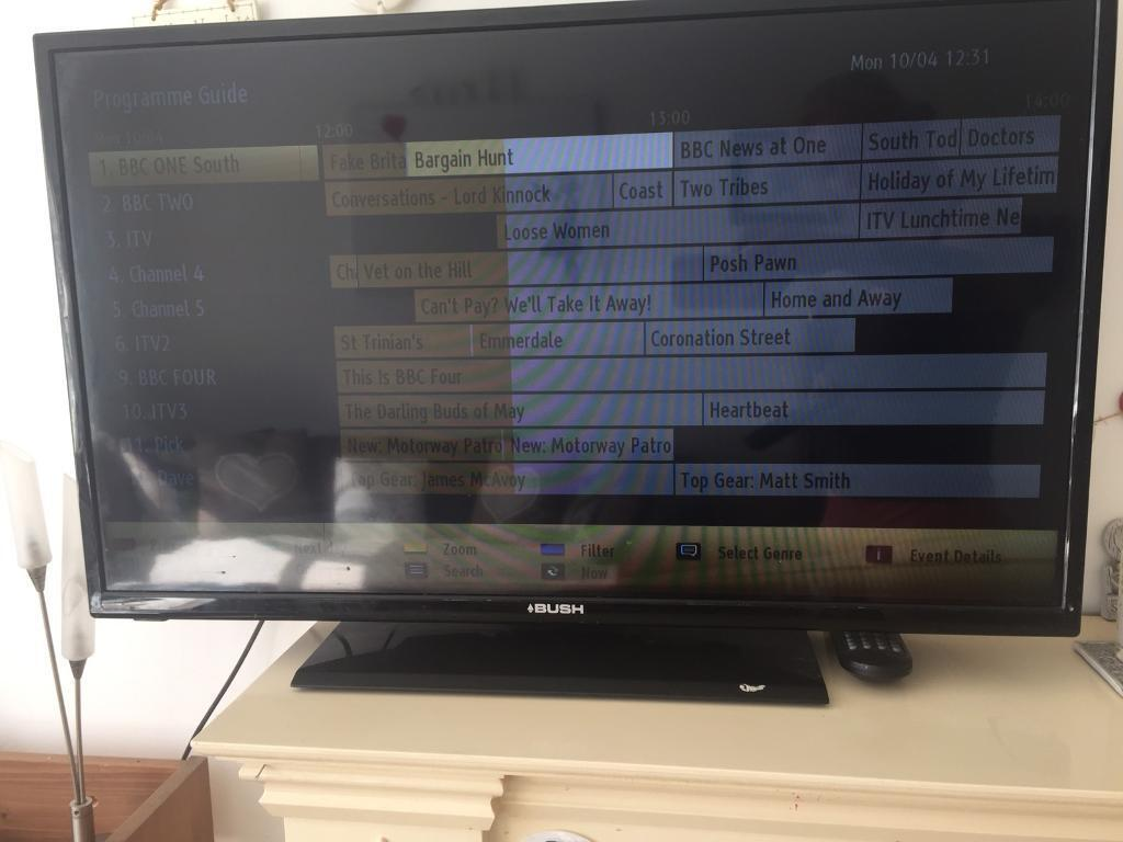 32 inch BUSH smart TV  f0159be799