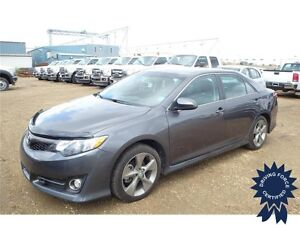 2013 Toyota Camry SE FWD w/ Power Locks, 31,188 KMs