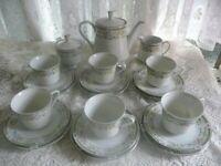 21 piece Teaset includes Teapot