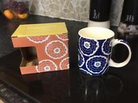 Bone China mugs x100