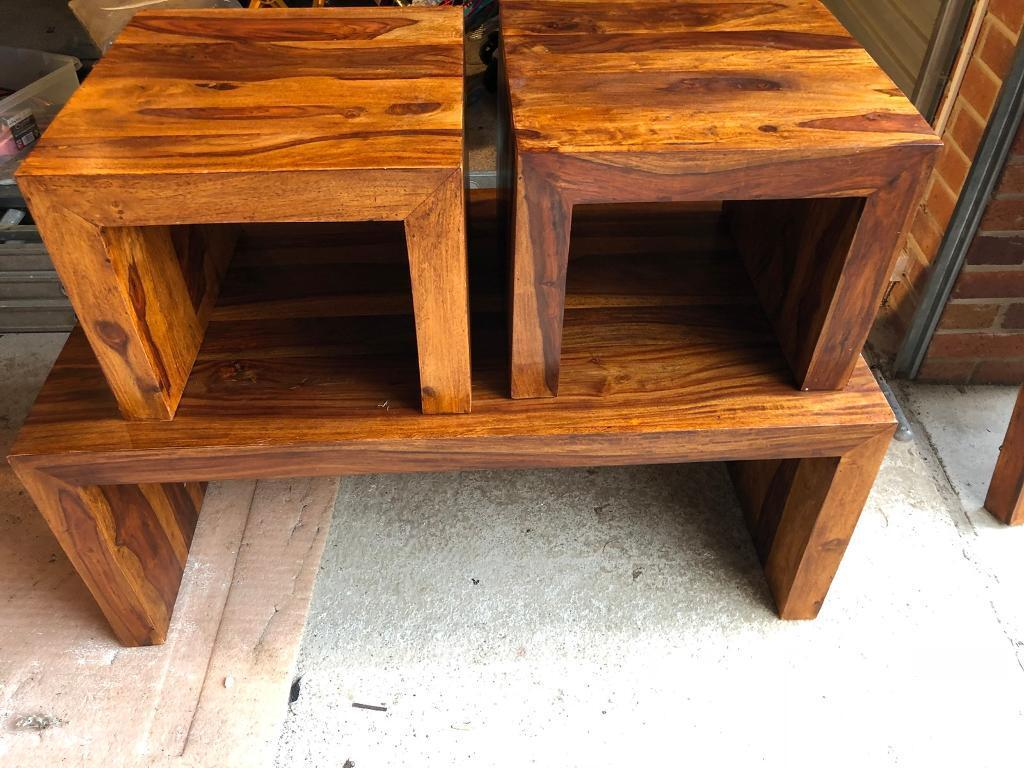 Set Of 3 Lounge Tables