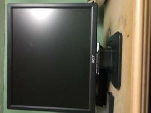 "Acer 17"" monitor (used)"