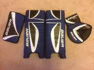 NEW Bauer Street Hockey Goalie Kit- Catcher/Blocker and 21 Inch Pads