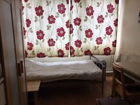 Nice twin room at roehampton