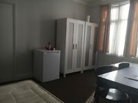 Large Double Room for rent at £550.