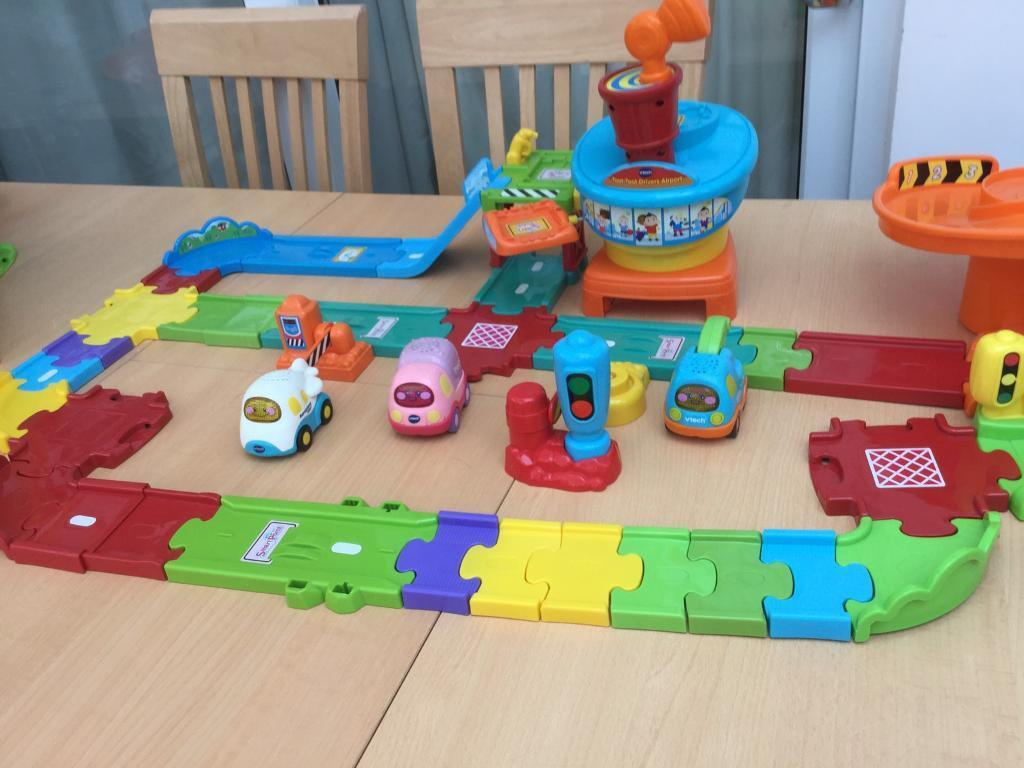 Vtech toot toot large bundle airport and garage, plane, truck and tow truck