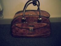 Samsonite leather bag for leisure/travel/business