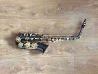 Trevor James classic II Alto Saxophone. Excellent condition. (Second hand) Black colour gold keys