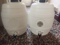 Beer kegs / pressure barrel x2