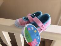 Pepos pig shoes bnwt