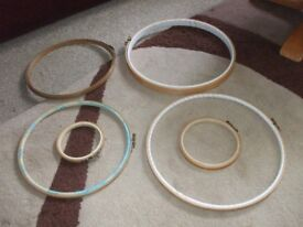 """6 EMBROIDERY HOOPS 4"""". 5 1/4"""". 10"""". 10"""". 12"""". 12"""""""