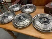 Set of 5 chrome Rover P5 classic car wheel trims