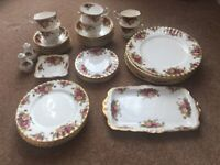 Royal Albert old country rose full set