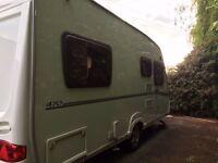 2008 Abbey Vogue 470 caravan fixed bed
