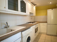 Lovely 2 Double Bedroom Flat Close to Kings Cross & Caledonian Road Tube Stations
