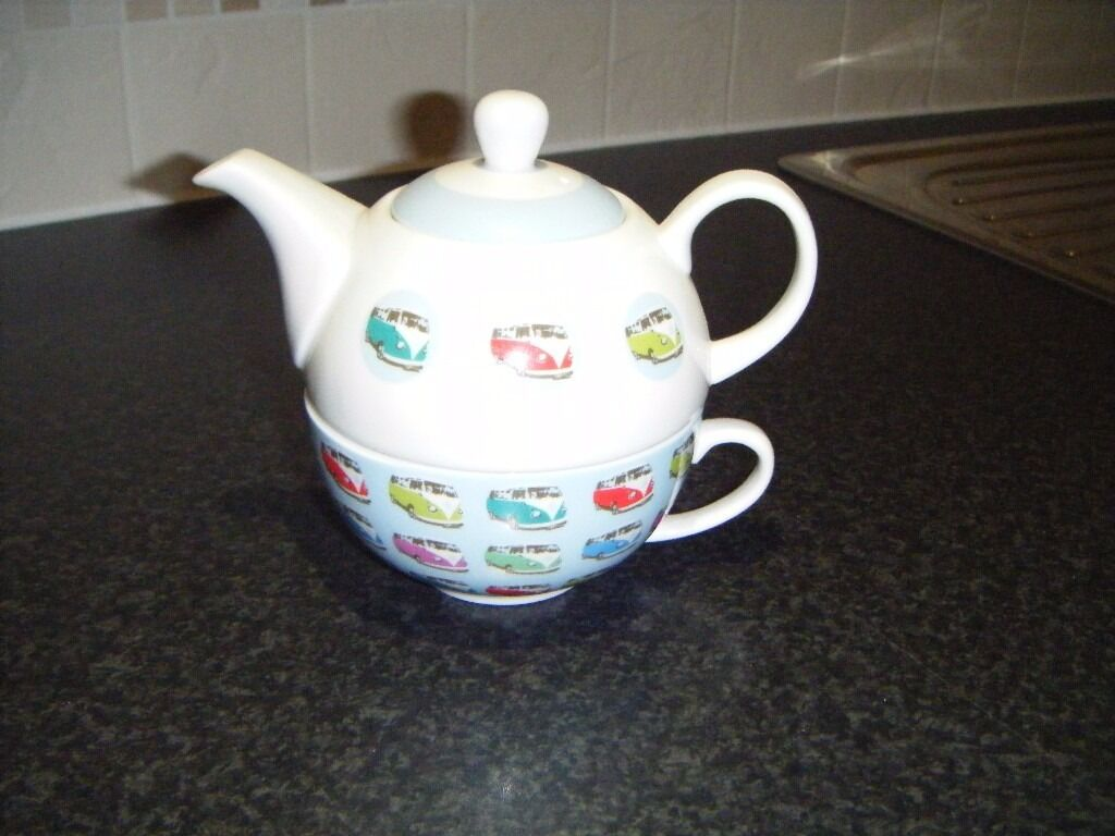 One Cup Tea Pot & Cup with Campervans on