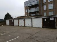Garages to rent: Crayford High Street Crayford Kent DA1 4HH