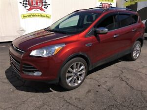 2015 Ford Escape SE, Navigation, Leather, Panoramic Sunroof, 4x4