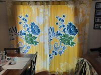 """Pair of flower curtains 50 x 84"""" lined"""