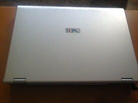 RM EDUCATION HEL81C 15.4 LAPTOP (lot 2 )