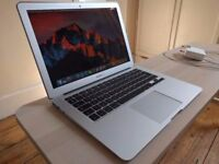 Apple MacBook Air 13' 1.8GHz i5 4GB Ram 128GB SSD Adobe Photoshop Aperture Lightroom Capture One 10