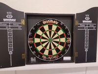 Winmau blade 4 dart set with all accessories