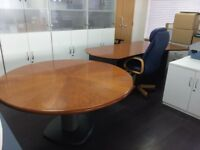 2 x Office desks and 1 x Chair available for FREE now