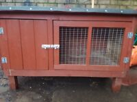 2.5ft rabbit or guinea pig hutch