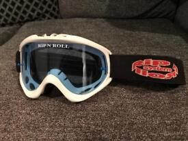 Motocross racing goggles , Oakley, spy , sNr , Smith , Honda , Kawasaki , ktm , Suzuki