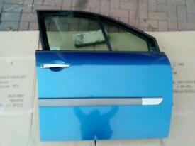 Renault Scenic II Mk 2 Driver OSF Side Front Door inc. Motor, switches, glass, trim...