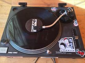 Technics Quartz turntable SL 1012 MK