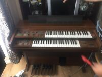 Yamaha Electric piano FE-30s