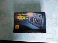 NICE VINTAGE CLASSIC KODAK 2000 DISC CAMERA,Electronic Flash, Boxed,vgc.