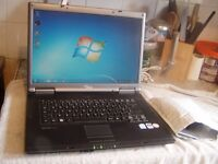 Fujitsu Siemens V5535 Laptop: 120GB : Dual Core 1.86Ghz : 2GB RAM : Win 7 : Activated Office 2007