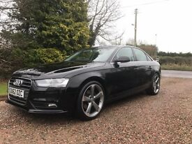Black 2012 Audi A4 SE (Facelift Model)Black 2012 Audi A4 SE (Facelift Model)