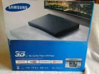 Blu-ray Disc Player/DVD Player - Samsung BDJ-5500