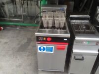 CATERING COMMERCIAL ELECTRIC TWIN FRYER CUISINE BASKET CUISINE CAFETERIA CAFE SHOP COMMERCIAL KEBAB