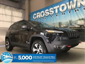 2018 Jeep Cherokee Trailhawk Plus 4x4 Leather seats with Navigat