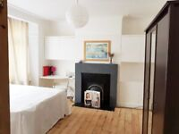 2 large double bedrooms available