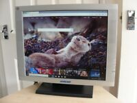 """19"""" GERICOM PC Computer SCREEN MONITOR with built in SPEAKERS LCD PANEL"""