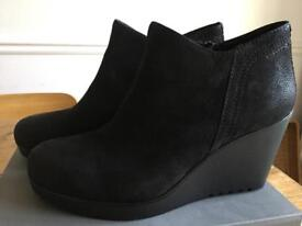 Vagabond ankle boots black size 7 Brand new in box
