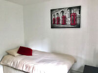 Lovely self contained studio to let in Bilston for £110pw most bills inclusive of rent.