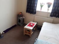 Double room to rent very close to station and 24 hr TESCO....£600
