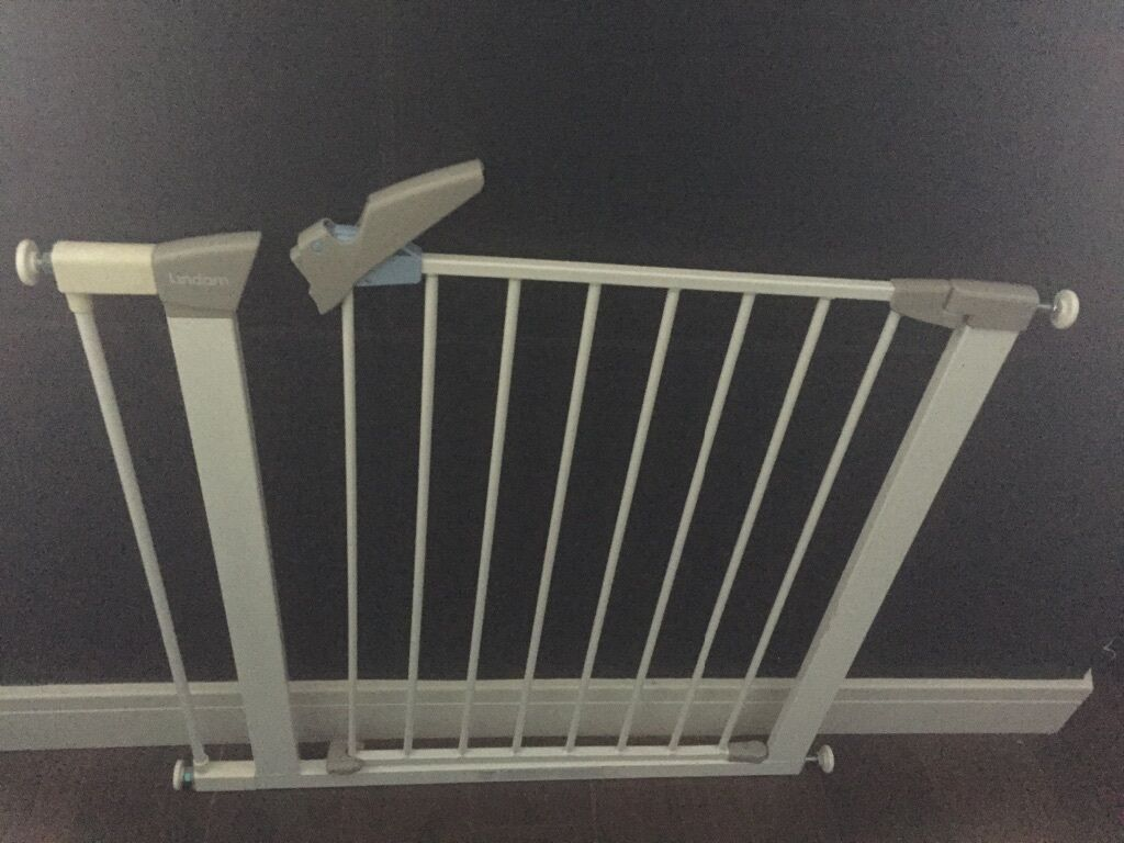 Lindam Stair Door Safety Gate In Larkhall South