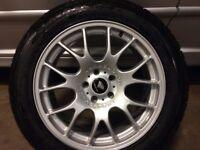Set Winter Tyres on 19 Range Rover Alloys