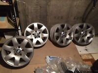 Set of BMW alloy whells