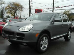 2004 Porsche Cayenne V6 AWD *Sunroof / Leather*